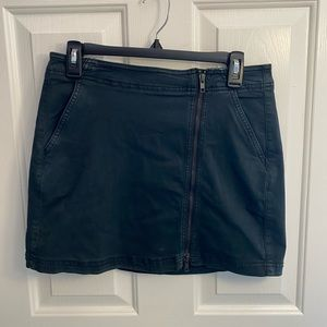 AEO Zipper Skirt NEVER WORN